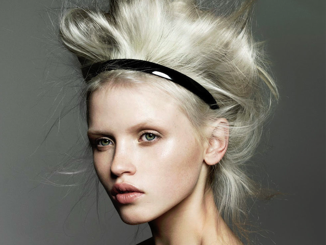 Blonde highlights in Singapore: Best hair salons and stylists for dyeing those roots!