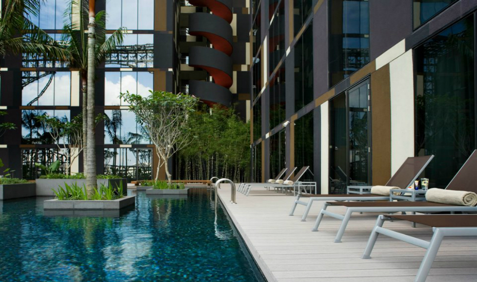 Swimming pools in singapore five star hotels with the - Park royal pickering swimming pool ...