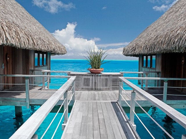 live luxe and overwater at hilton bora bora honeycombers. Black Bedroom Furniture Sets. Home Design Ideas