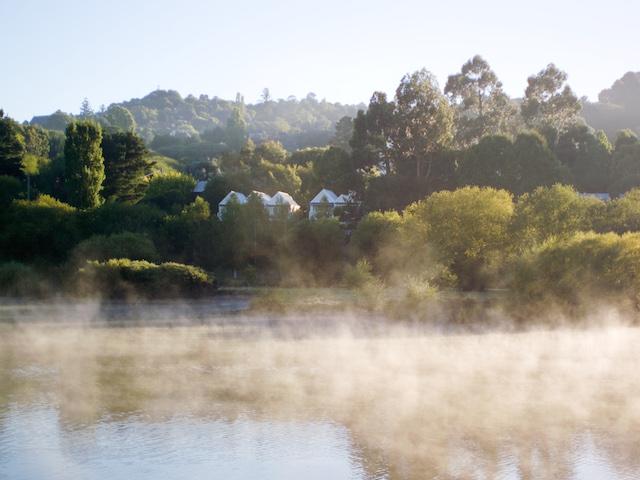 Melbourne - Lake-House Daylesford