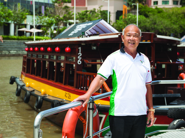 Guide to Singapore River: Bumboat tour guide Png Chin Lai on its history and things to do in the area