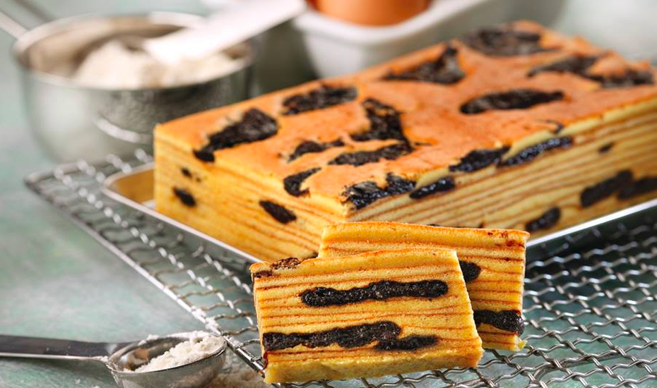 Learn how to bake these traditional kueh lapis with Bake King (Credit: Bake King via Facebook)
