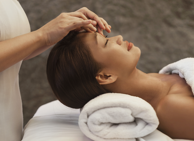 Spas in Singapore: Pamper yourself with relaxing facials, massages, and body scrubs