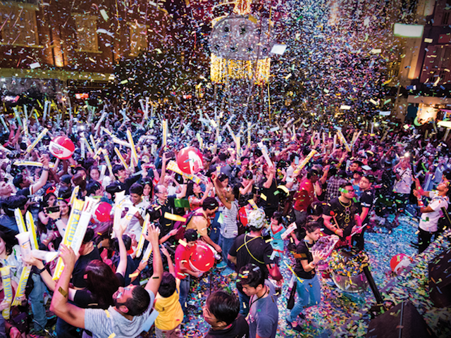 New Year's Eve party at Clarke Quay, Singapore: Welcome ...