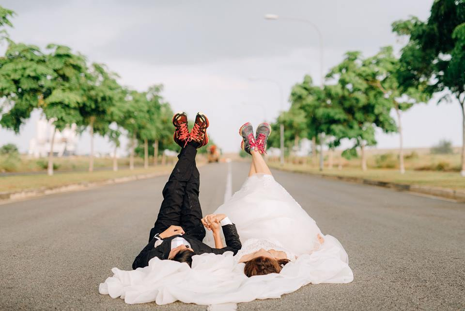 Wedding photographers in Singapore: Best photography services for your pre-wedding shoots and wedding day pictures
