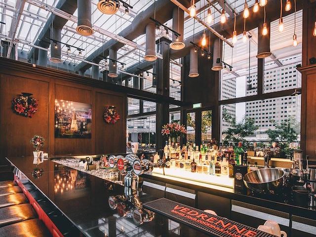Restaurants near the sky garden garden ftempo for Best restaurants in garden city