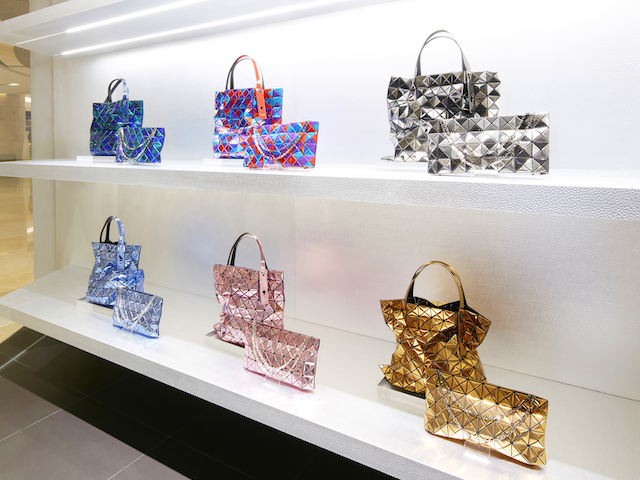 1766ffe9ee8f New stores in Singapore  The first BAO BAO Issey Miyake standalone store  opens in ION Orchard