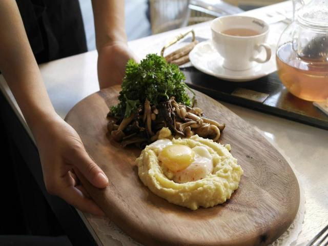 14 Affordable Romantic Singapore Restaurants That Won t Break The Bank