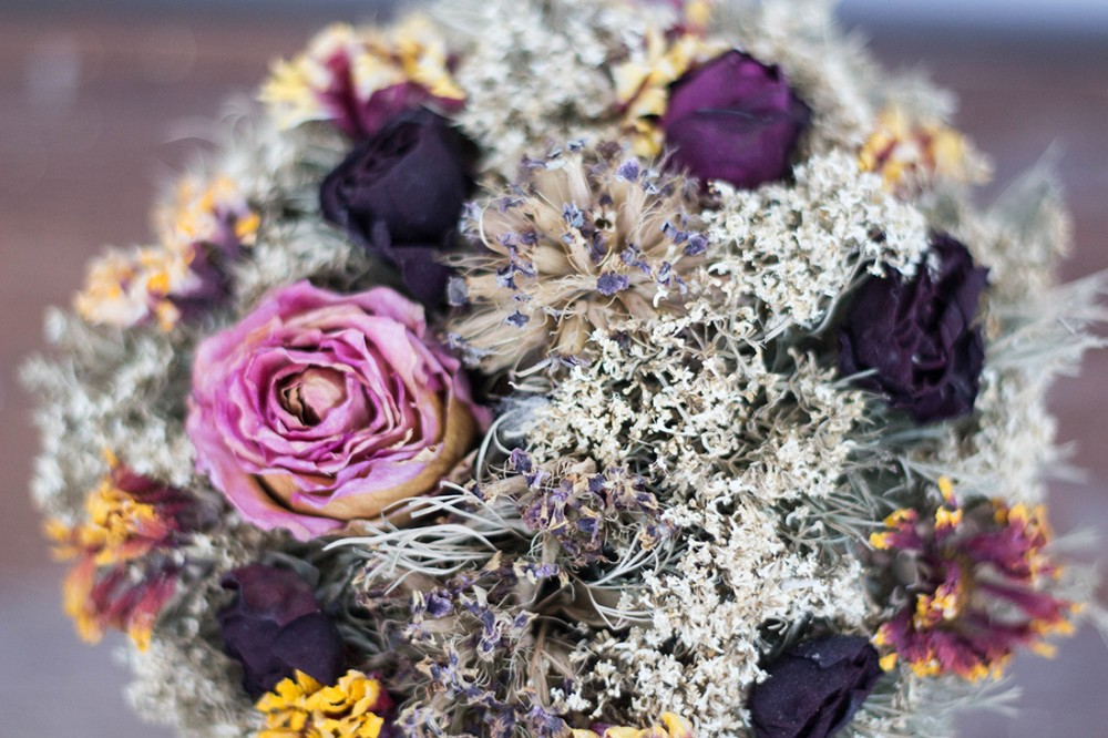 Wedding Flowers In Season Your Guide To Picking Flowers