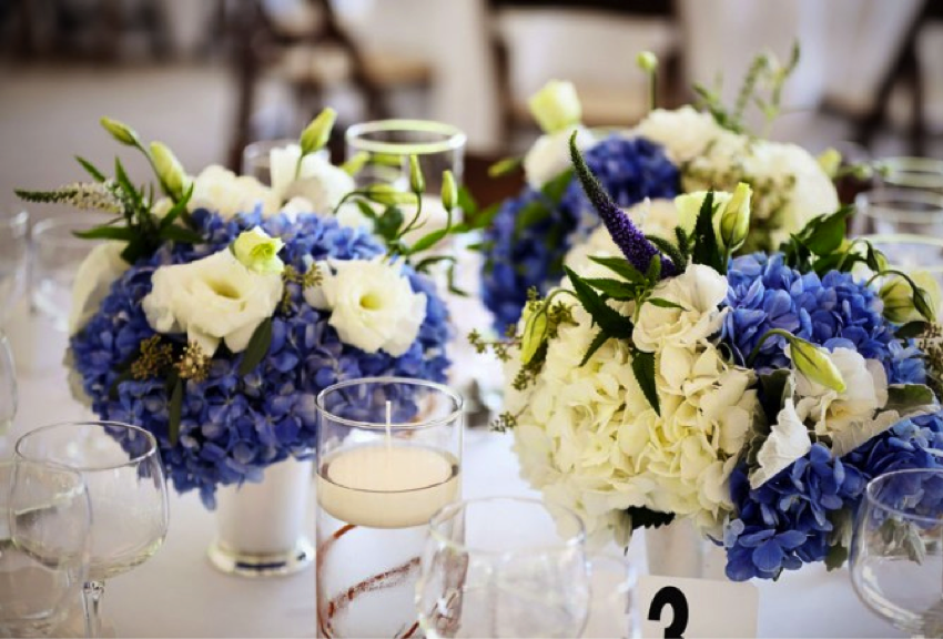 Wedding flowers in season: Your guide to picking flowers during