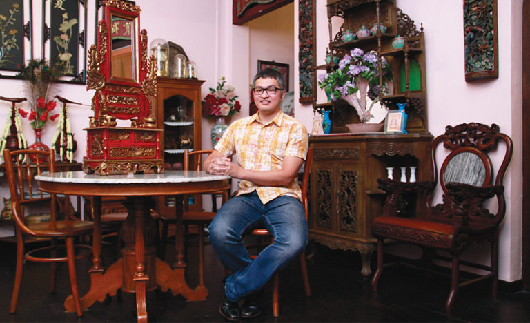 Interview: Edmond Wong from the famous Kim Choo Kueh Chang in Singapore talks about the Peranakan culture
