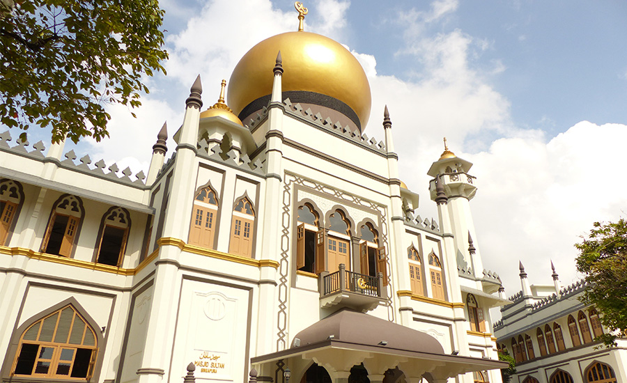 Iconic mosques in Singapore: Where to see Muslim architecture and learn more about Islam