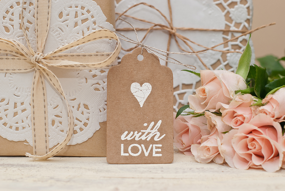 Wedding Gift Ideas For Guests Unique