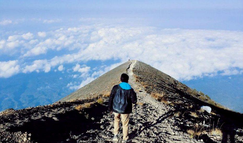 Bali vs Phuket: Mount Agung