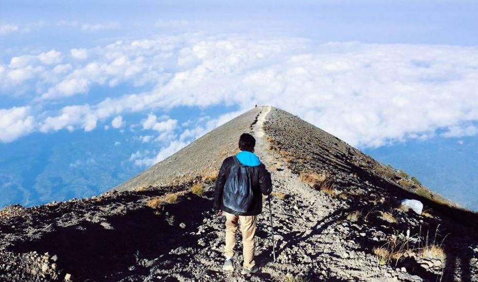 Adventure holidays in Southeast Asia: Sunrise trekking in Mount Agung, Bali