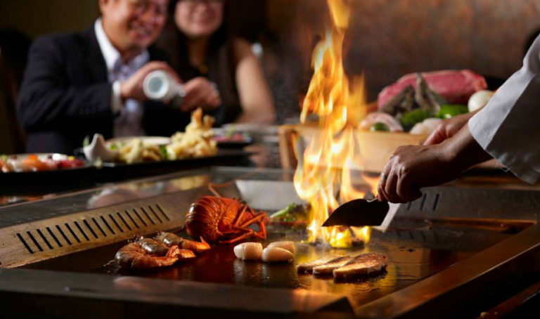 Best teppanyaki in Singapore: Teppanyaki restaurants with live chefs cooking Japanese grilled meats, seafood and vegetables