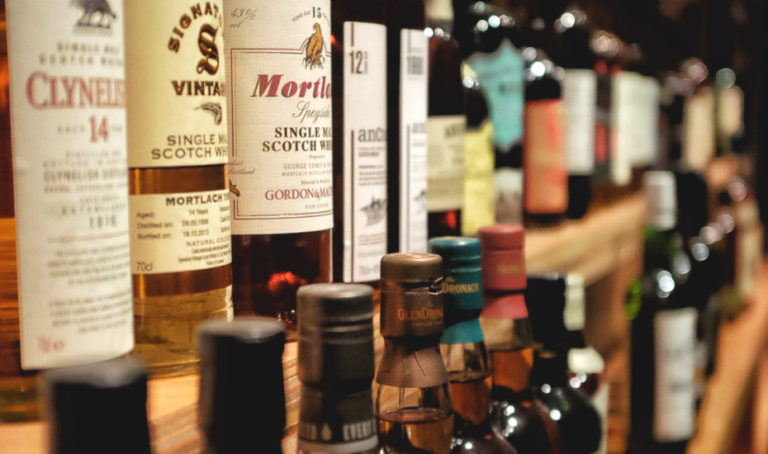 Happy hour of the week in Singapore: Cheap whisky at these bars, lounges, and restaurants
