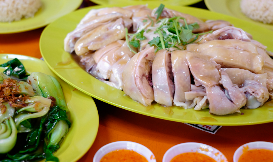 Are you ready to queue for Tian Tian Hainanese Chicken Rice? Photography: Matthew Hine