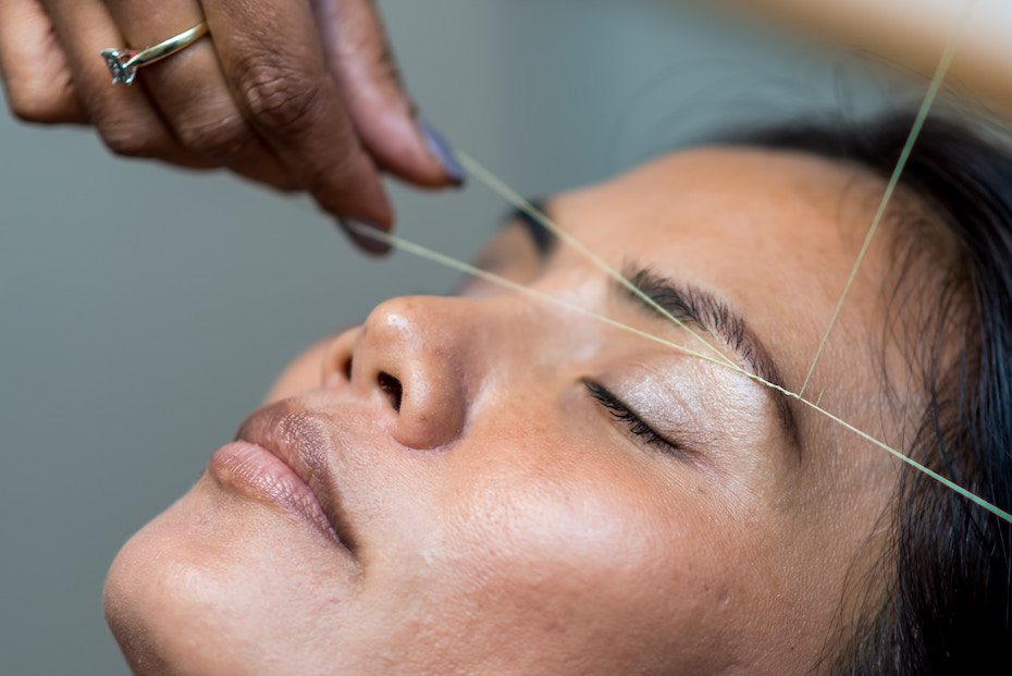 Eyebrow guide: Threading