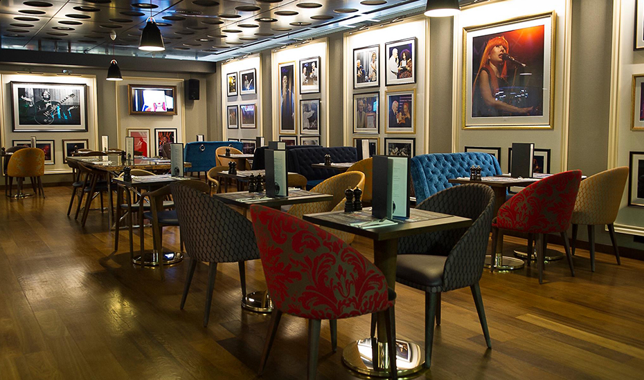 The swanky interior of Montreux Jazz Cafe Singapore