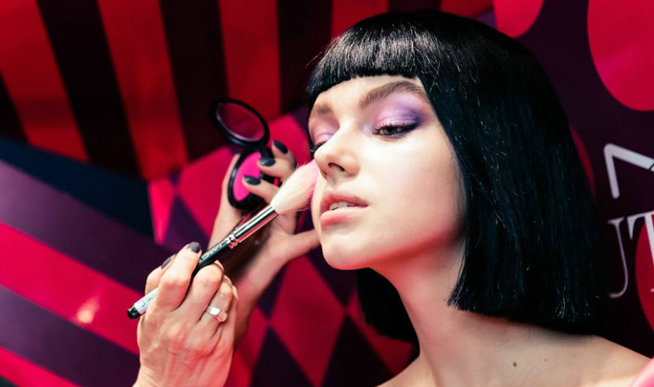 Festive makeup looks in Singapore: Interview with MAC senior makeup artist Carol Mackie on party-ready beauty tips