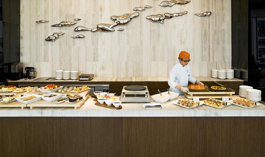 Feast afternoon tea   East Hong Kong Hotel Tai Koo   Honeycombers Review