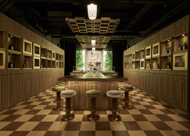 Newsflash: You'll only want to be seen at these cocktail bars in Singapore
