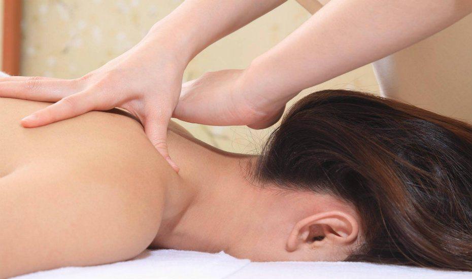 Aromatherapy massage at Ikeda Spa