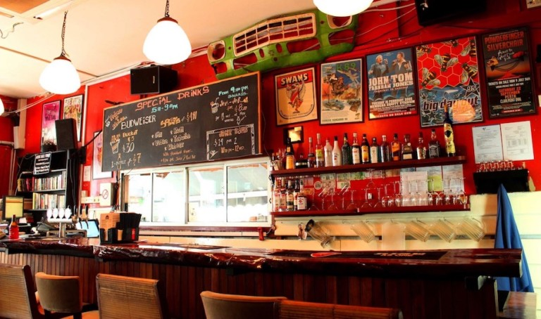Pubs in Singapore: Best neighbourhood bars for casual, affordable drinks and food