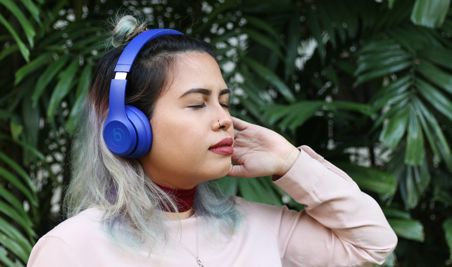 Best wireless Bluetooth headphones and earphones in Singapore: yes you need them