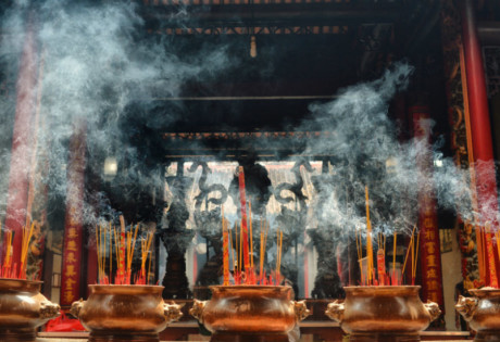 Never take pictures of altars and offerings... as our Editor-in-Chief learned... Photography: Frank McKenna
