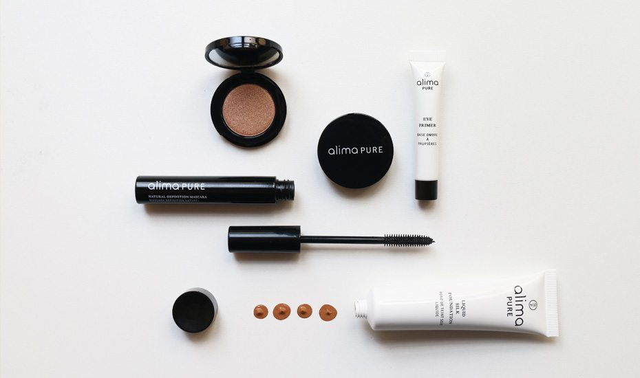 Organic makeup from Alima Pure