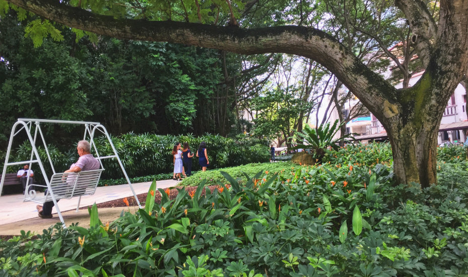 Telok Ayer Park | hidden gardens in Singapore