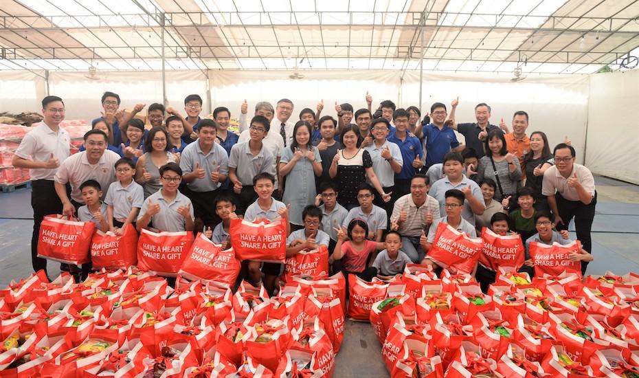 Boys Brigade Share a Gift Volunteering Singapore Honeycombers