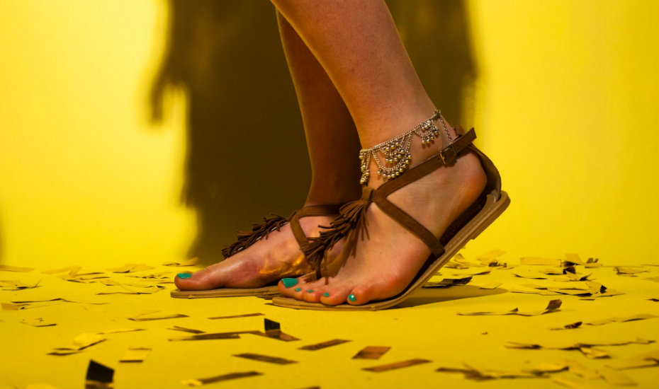 Anklets in Singapore: Yes, this 90s fashion accessory is still a thing