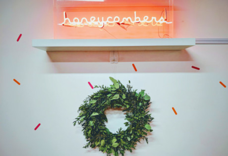 christmas-decorations-honeycombers