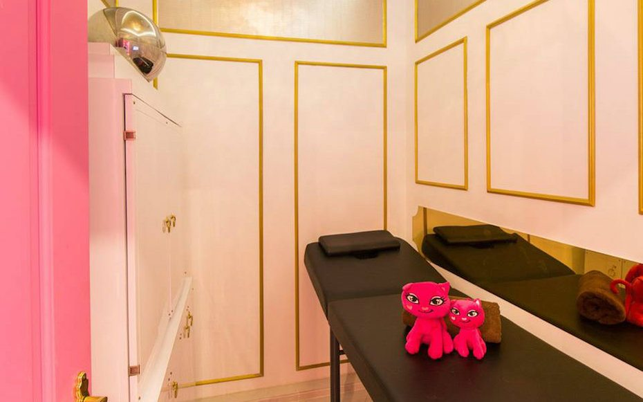 Hair removal salons in Singapore: Pink Parlour
