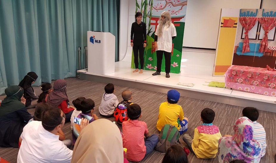 kidsREAD volunteering in Singapore Honeycombers