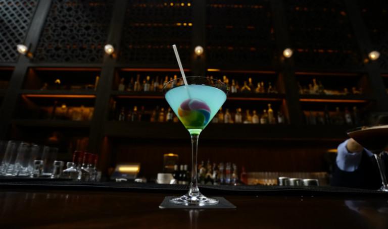 Snap these Instagram-worthy martinis at mezza9 in Grand Hyatt Singapore