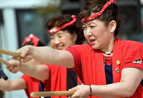 Liang Court Oshogatsu New Year Honeycombers