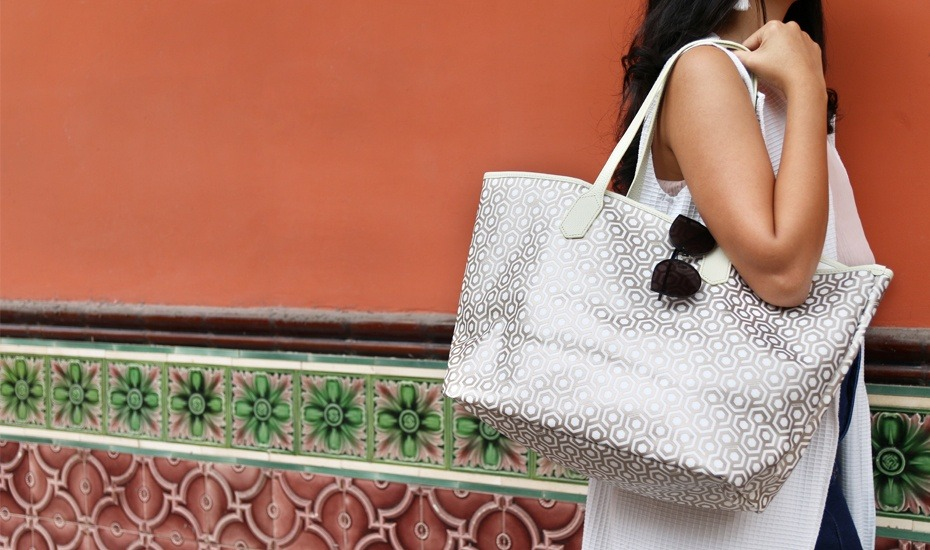 Use our exclusive Honeycombers promo code for 15% off bags and accessories at Mischa