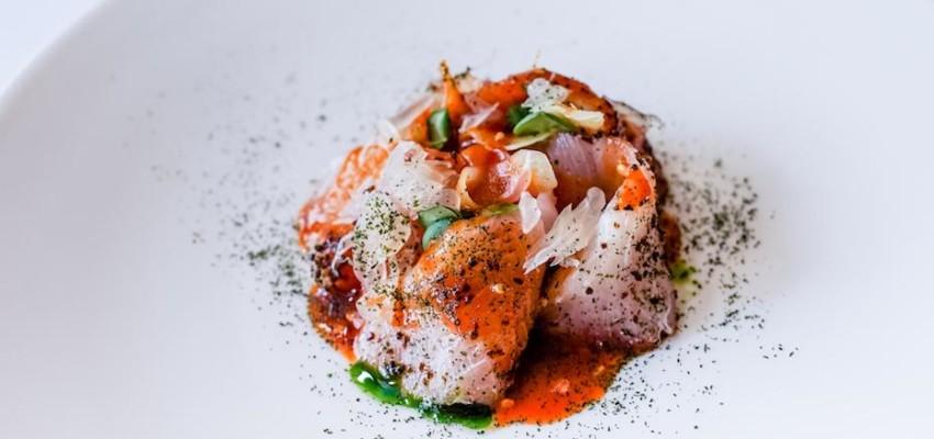 Kimme's hamachi sashimi in chilli sauce and chive oil