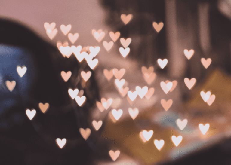 A totally doable guide to Valentine's Day: Get in the mood for love, people!
