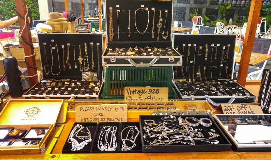 Guide to markets in Singapore: Katong Square vintage market