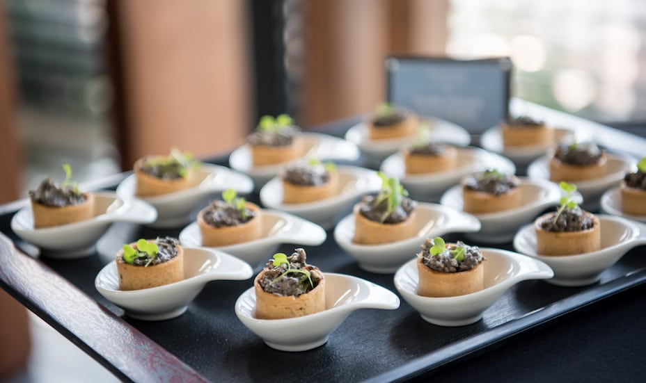 Catering in Singapore: cheat your way through your party