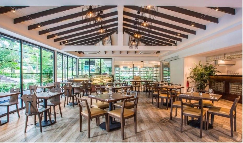 Canopy Garden Dining in Bishan Park