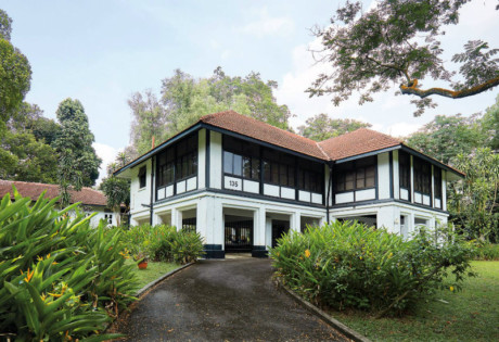 Black and white houses in Singapore | Heritage bungalows we love