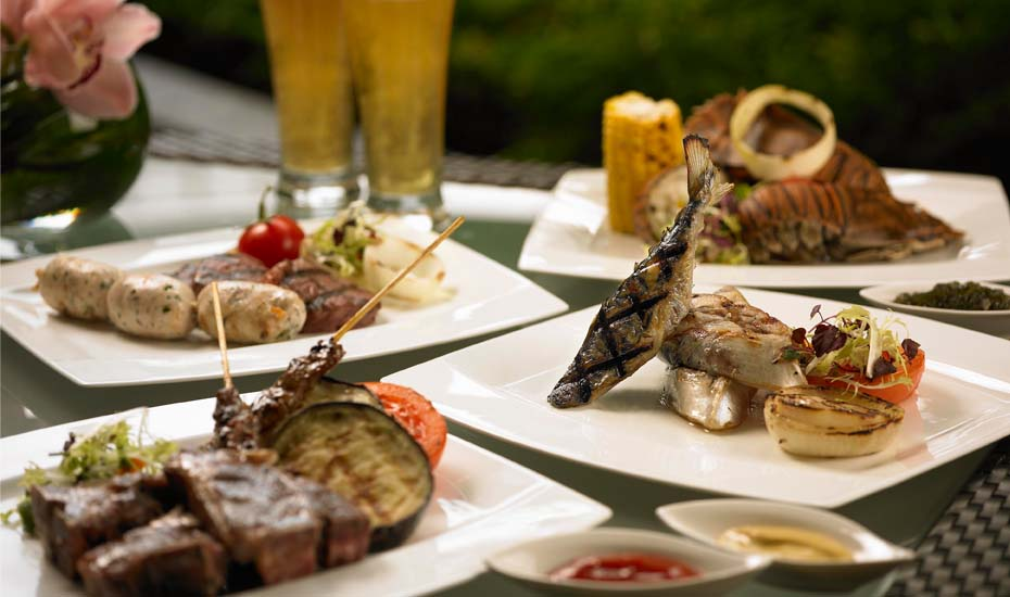 Enjoy an American Barbecue Buffet at Mandarin Oriental Singapore
