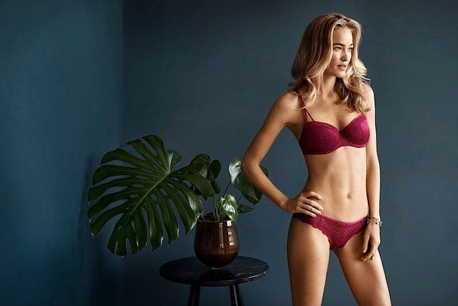 Cluny court guide: Change Lingerie