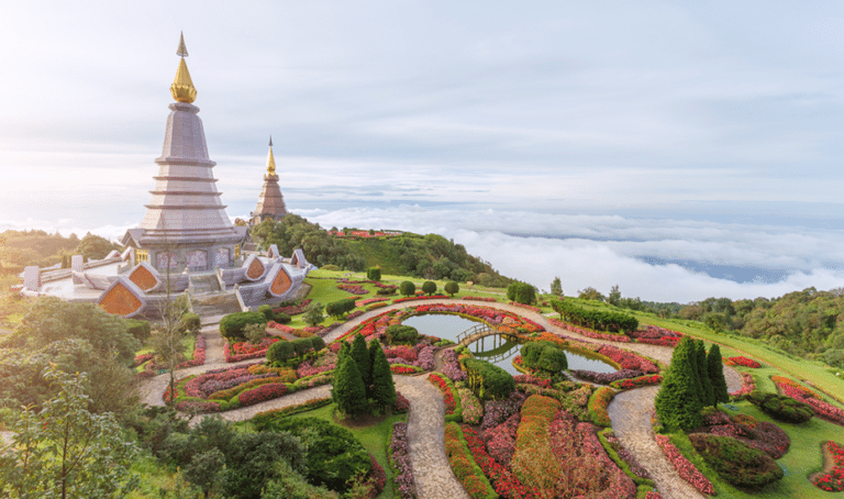 Easy hikes in Asia with amazing views: A beginners' guide with DirectAsia